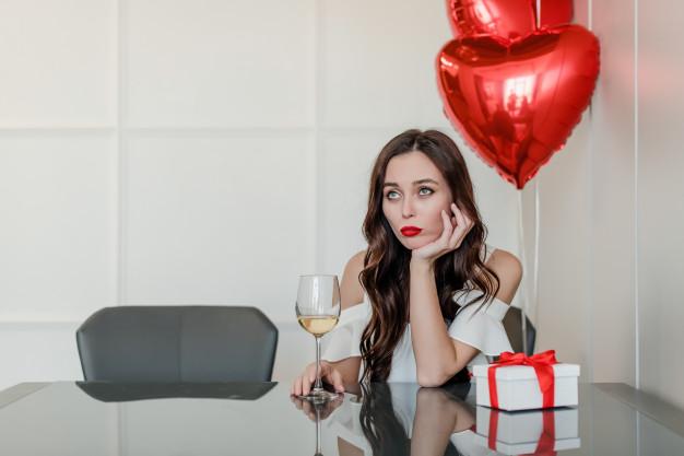 Одна в День Святого Валентина